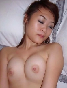 Naked sexy amateur Thai chick in a motel