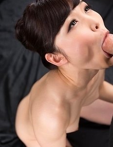 Shino Aoi Cum Covered Group Handjob