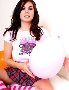 Mistress Mia Lynn has a natural and beautiful way of playing with these balloons.