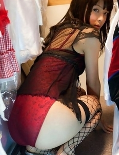 Yuuri Shiina in corset and fishnets loves changing clothes