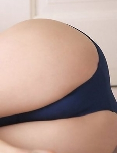 Kana Yuuki in bath suit has some curves she has to expose