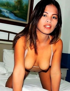 22 yr old Filipina Wendy meets old flame in Angeles City