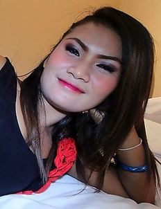 Horny big-assed Thai chick