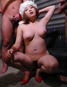 Hot Mirai Haneda gets in threesome