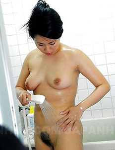 Dildo action with Mikage Sakata