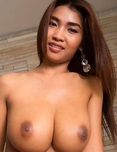 Busty Thai  Tittiporn
