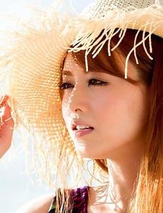 Akiho Yoshizawa in black bath suit is amazing model on the beach