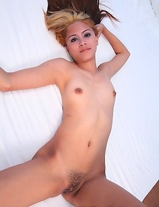 Hot Blonde Filipina Paula