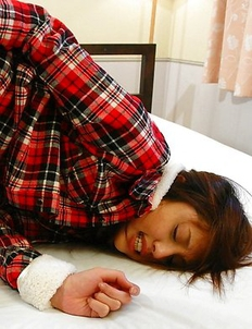 Rino Mizusawa gets nailed on bed