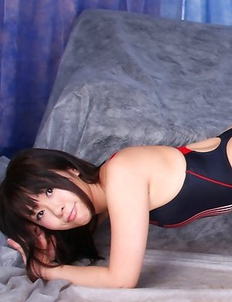 Rin Yoshino shows how flexible and sexy can be in gym suit