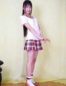 Maki Mizui shows ass and beaver in panty under uniform