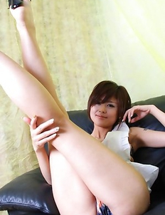 Miho Kotosaki knows how to expose her sexy legs and hot ass