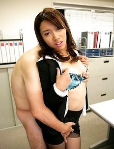 Sexy Anna Takizawa gets so nasty