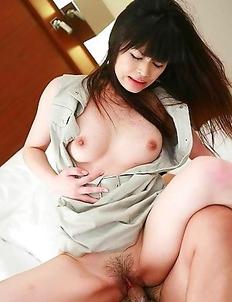 Haruna Ayase gets a good creampie