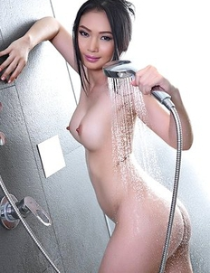 Beautiful Asian Lin Si Yee taking a shower alone