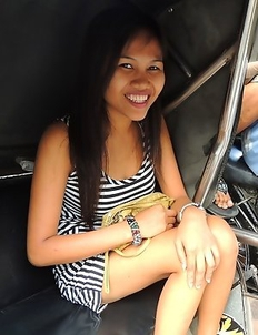 Hot Filipina Mishelle