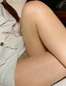 Hot porno babe Saki showing off
