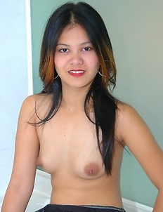 Sexy Filipina Rain