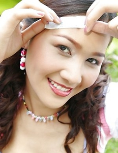 Watch what the gorgeous Arisa Sunaree can do with a bandage. This babe has on a bra and panties.