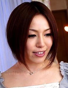 Hiromi Tominaga using her sex toy