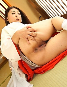 Hot lady Ayano Murasaki gets naked