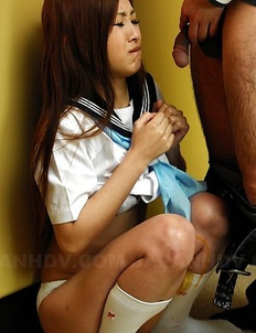 Young Suzuka Ishikawa gives head
