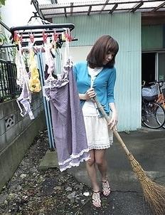 Juri Kitahara gives blowjob and rubs pussy