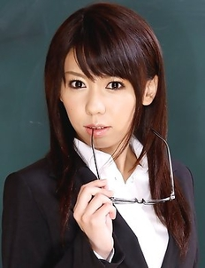 Maho Sawai shows her slit in class