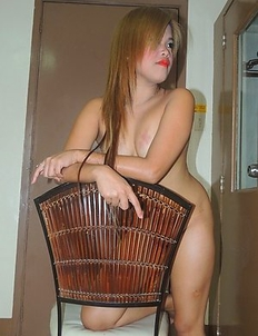 Asian bargirl Daisy