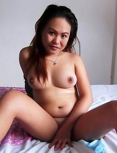 Wild Filipina babe Anna Marie