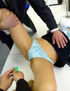 Saki enjoys hot pussy stimulation