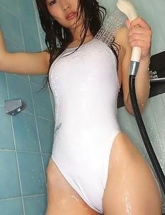 Noriko Kijima spoils lustful curves with water on lingerie